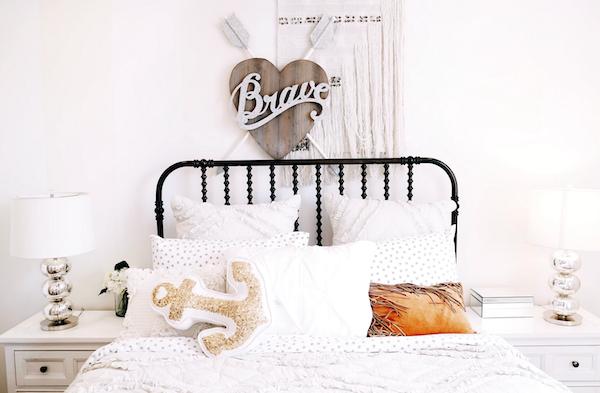 Kid's bedroom. Photo by Josh Hemsely via Unsplash